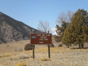 L&C Caverns Sign3