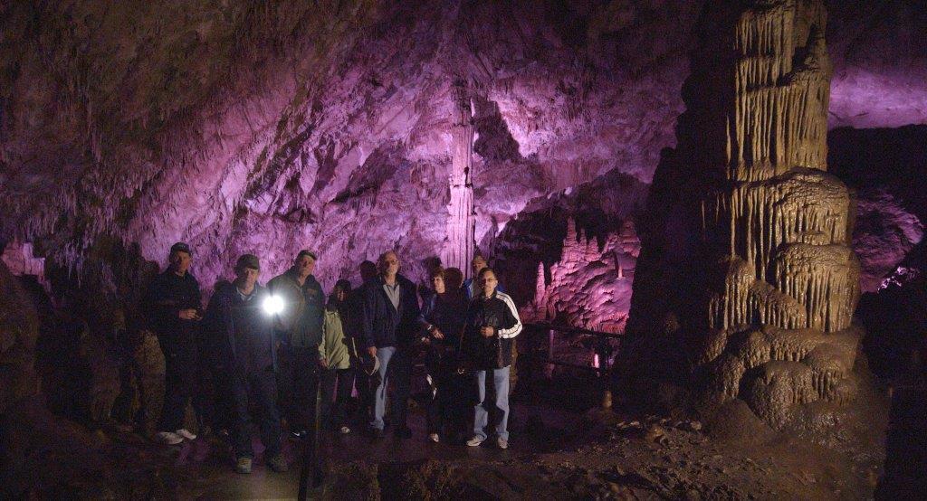 L&C Caverns inside