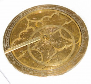 """Yale's Hartmann astrolabe"" by Ragesoss - Own work. Licensed under CC BY-SA 3.0 via Wikimedia Commons - http://commons.wikimedia.org"